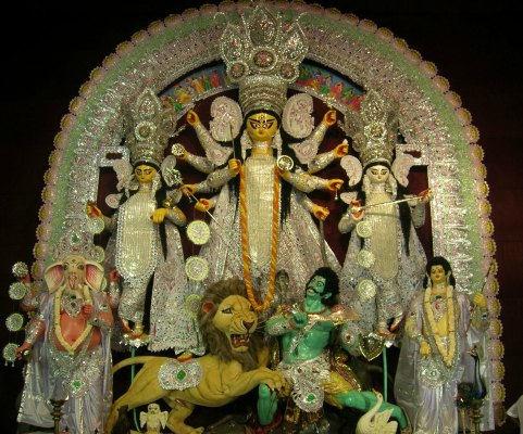 Durga idol at Bagbazar Sarbojanin Puja, North Kolkata, 2010, Photo by Jonoikobangali