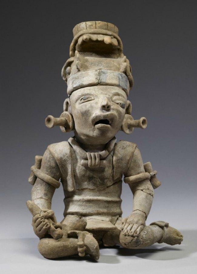 Remojadas, Battered Warrior Figure, 600-900 C.E., Walters Art Museum