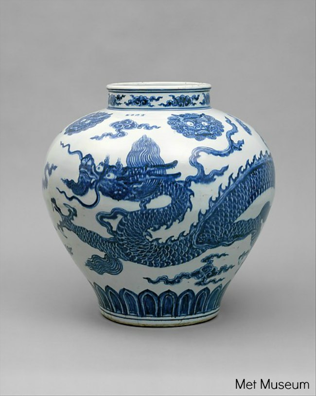 The Art Curator for Kids - Chinese Art for Chinese New Year - Jar with Dragon, early 15th century, Met Museum, chinese art lesson ideas
