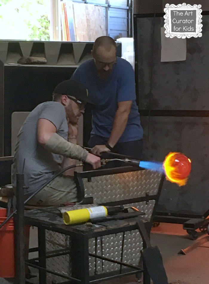 The-Art-Curator-for-Kids---Glass-Blowing-Field-Trip-and-Lesson---Glass-Blowing-Demonstration---Blow-Torch