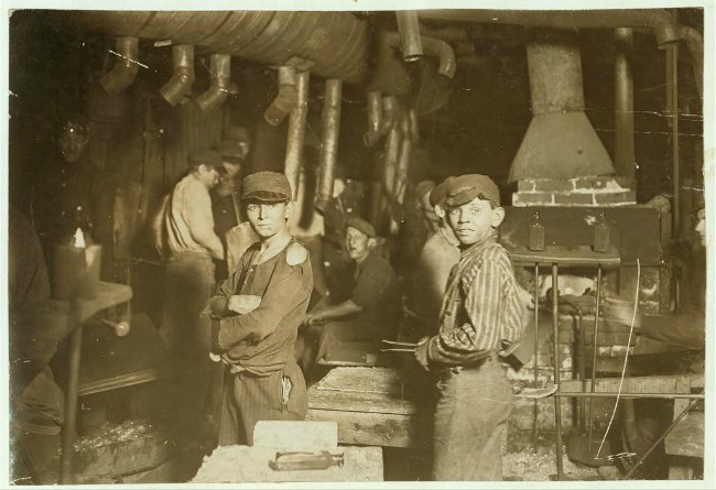 Lewis Hine, Glass works, Midnight, Location: Indiana, Library of Congress