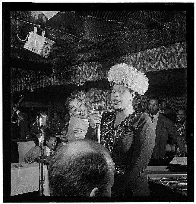 Photography Analysis - William Gottlieb, Portrait of Ella Fitzgerald, Dizzy Gillespie, Ray Brown, Milt (Milton) Jackson, and Timmie Rosenkrantz, Downbeat, New York, N.Y., ca. Sept. 1947, Library of Congress