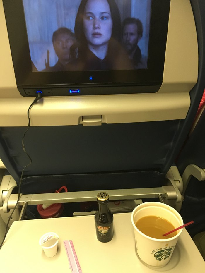 jlaw tray table